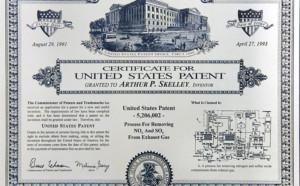 Patent 4999